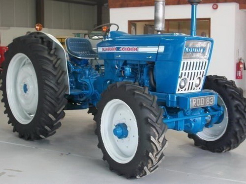 Ford-4000-photo-8