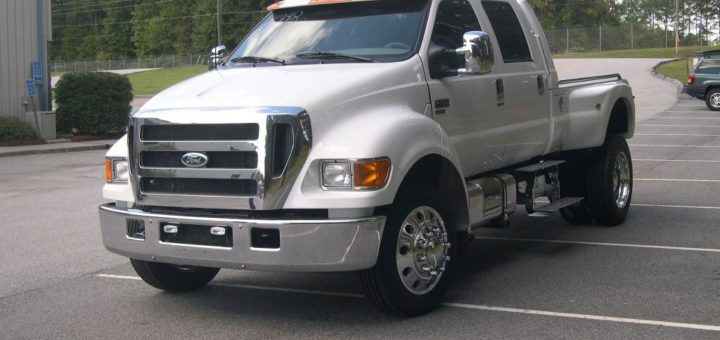 Ford-f-850-photo-1