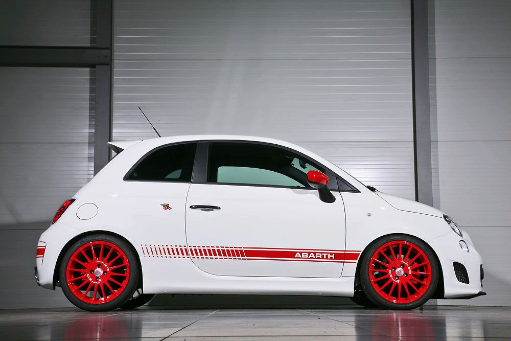 Abarth 500 photo - 4