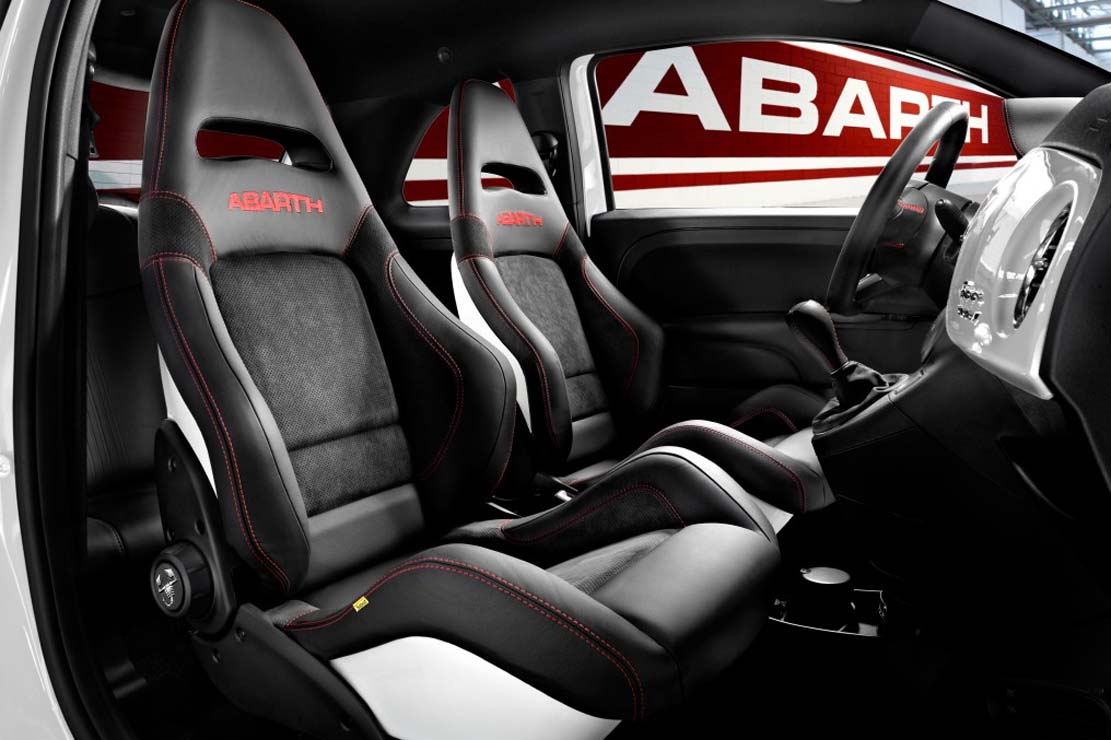 Abarth 695 photo - 3