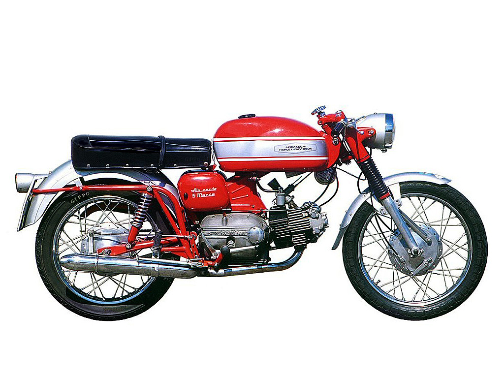 Aermacchi ala photo - 1