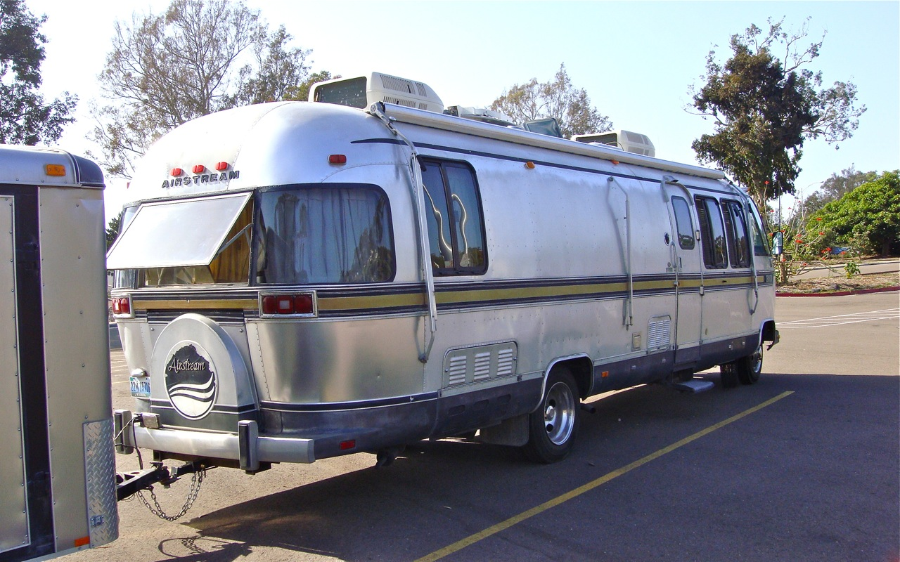 Airstream 310 photo - 1