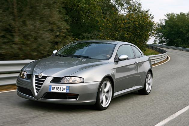 Alfa romeo 147 photo - 2