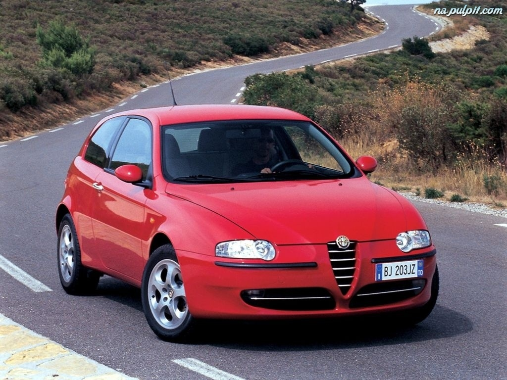 Alfa romeo 147 photo - 3