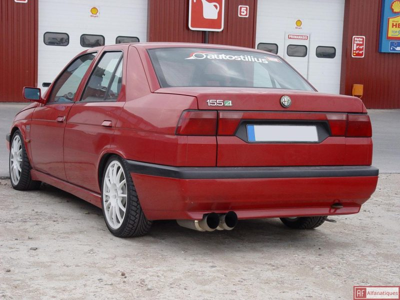 Alfa romeo 155 photo - 2
