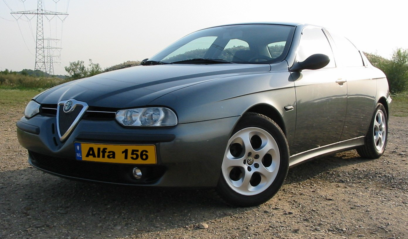 Alfa romeo 156 photo - 3