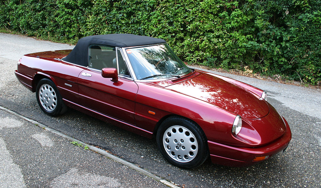 Alfa romeo 2 0 photo - 1