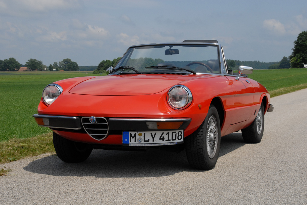 Alfa romeo 2 photo - 3