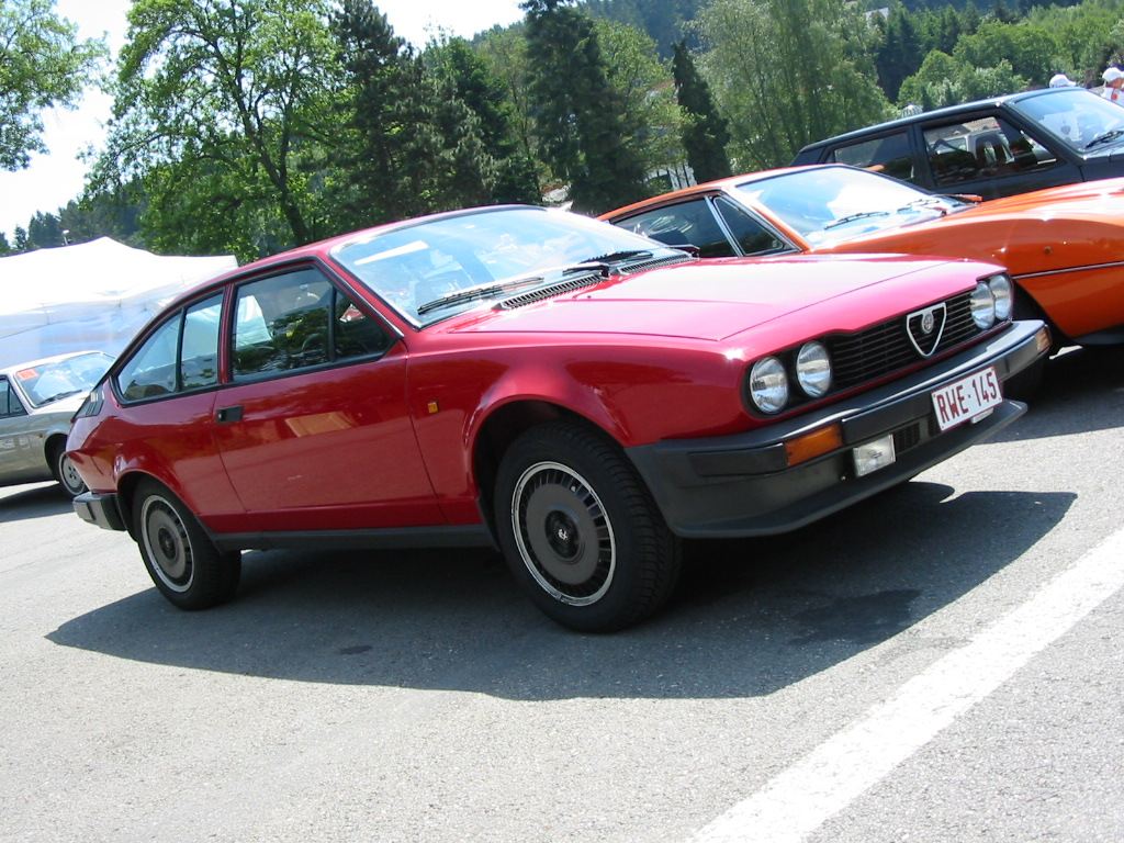 Alfa romeo 2 4 photo - 1