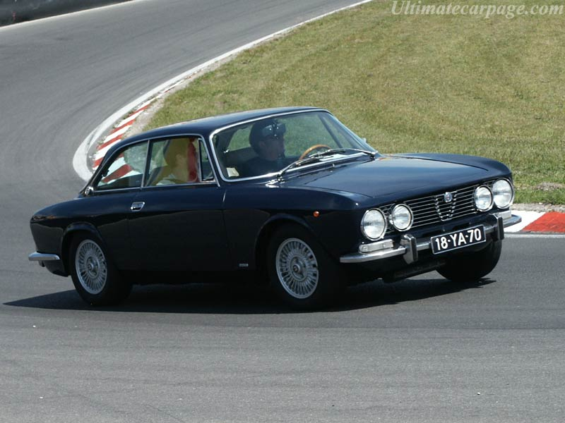 Alfa romeo 2000 photo - 1