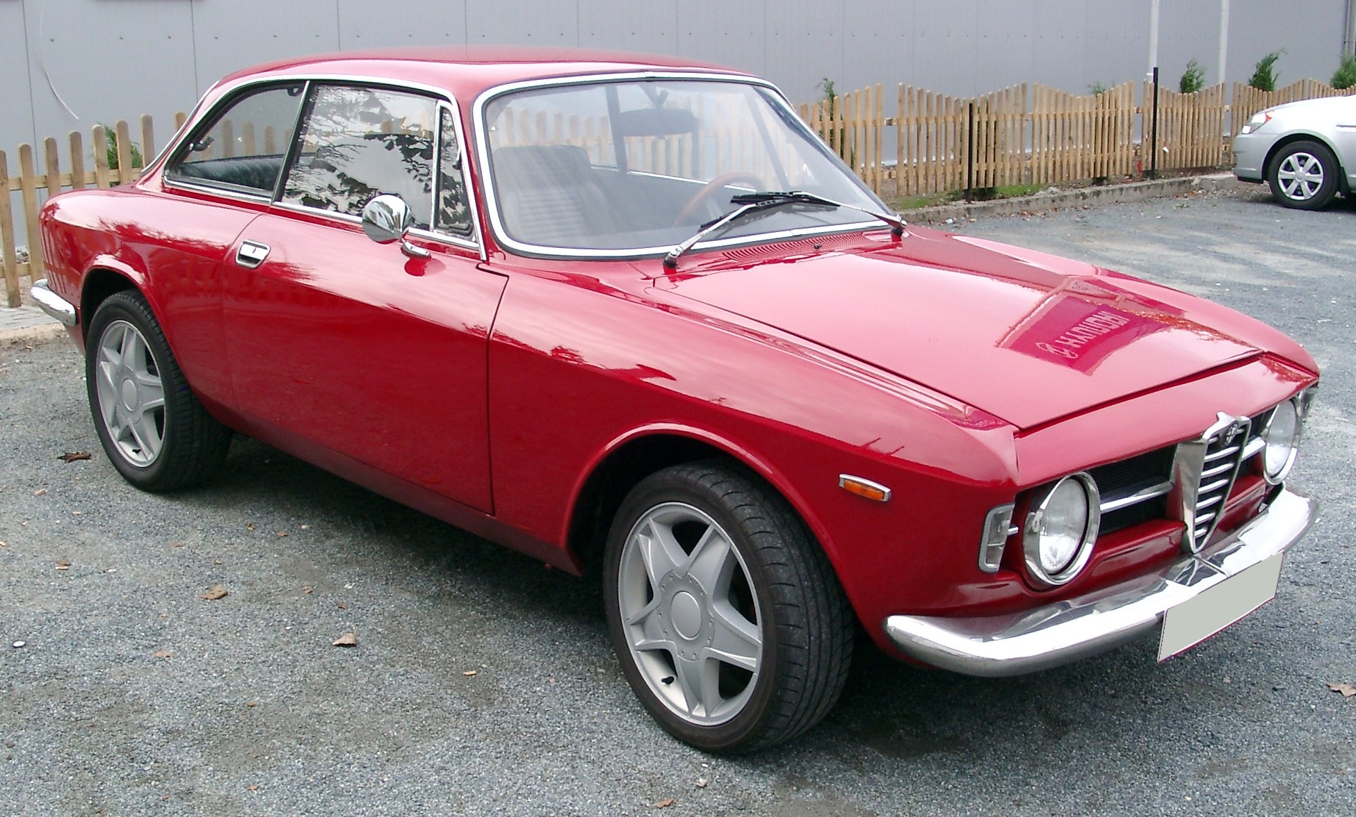 Alfa romeo 2000 photo - 4