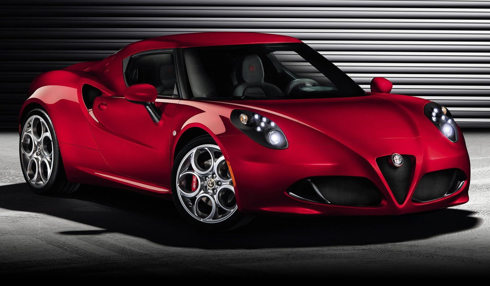 Alfa romeo 4c photo - 4