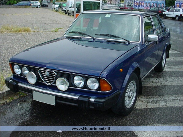 Alfa romeo alfa 6 photo - 1