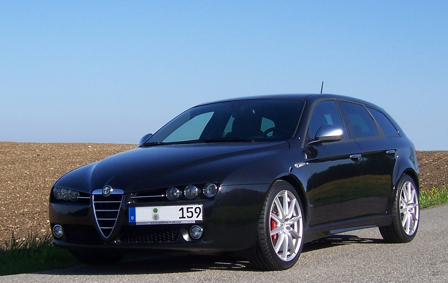 Alfa romeo alfetta photo - 3