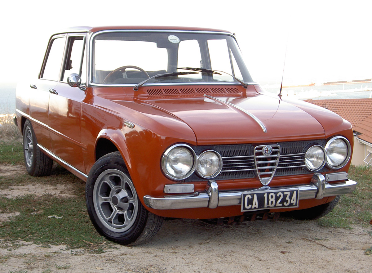 Alfa romeo giulia photo - 4