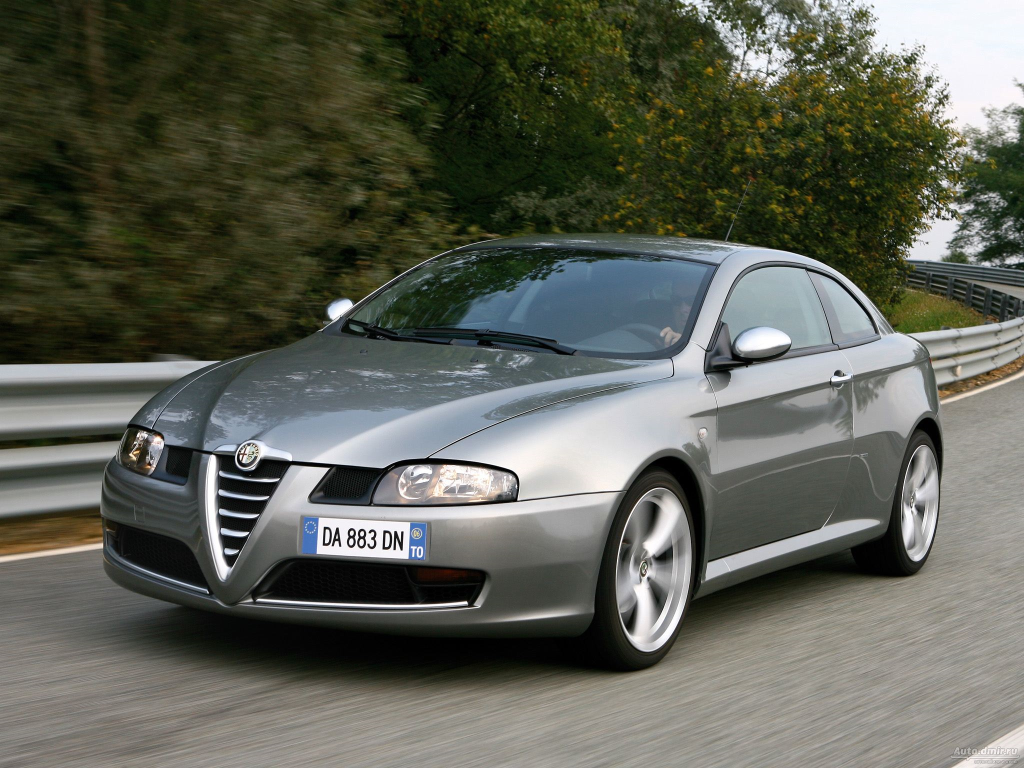 Alfa romeo gt photo - 4