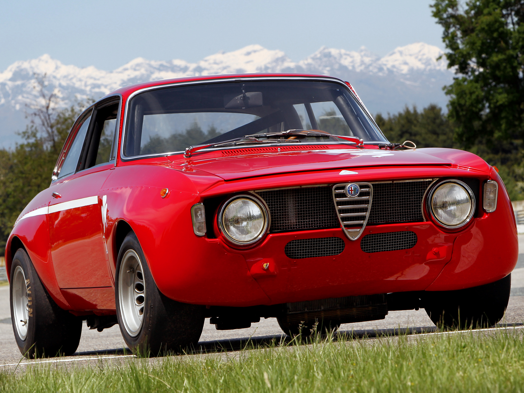 Alfa romeo gta photo - 2