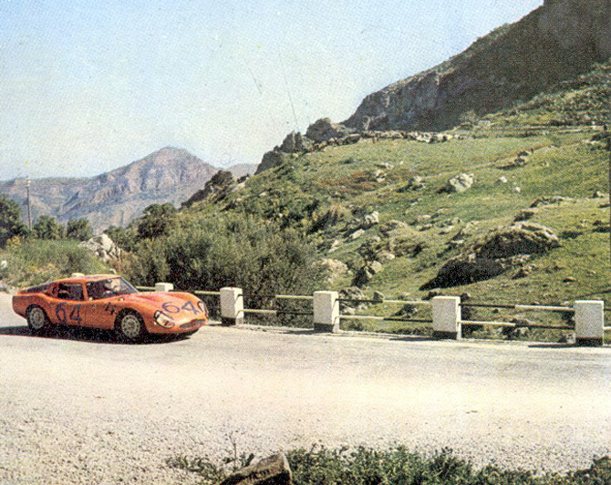 Alfa romeo tz2 photo - 4