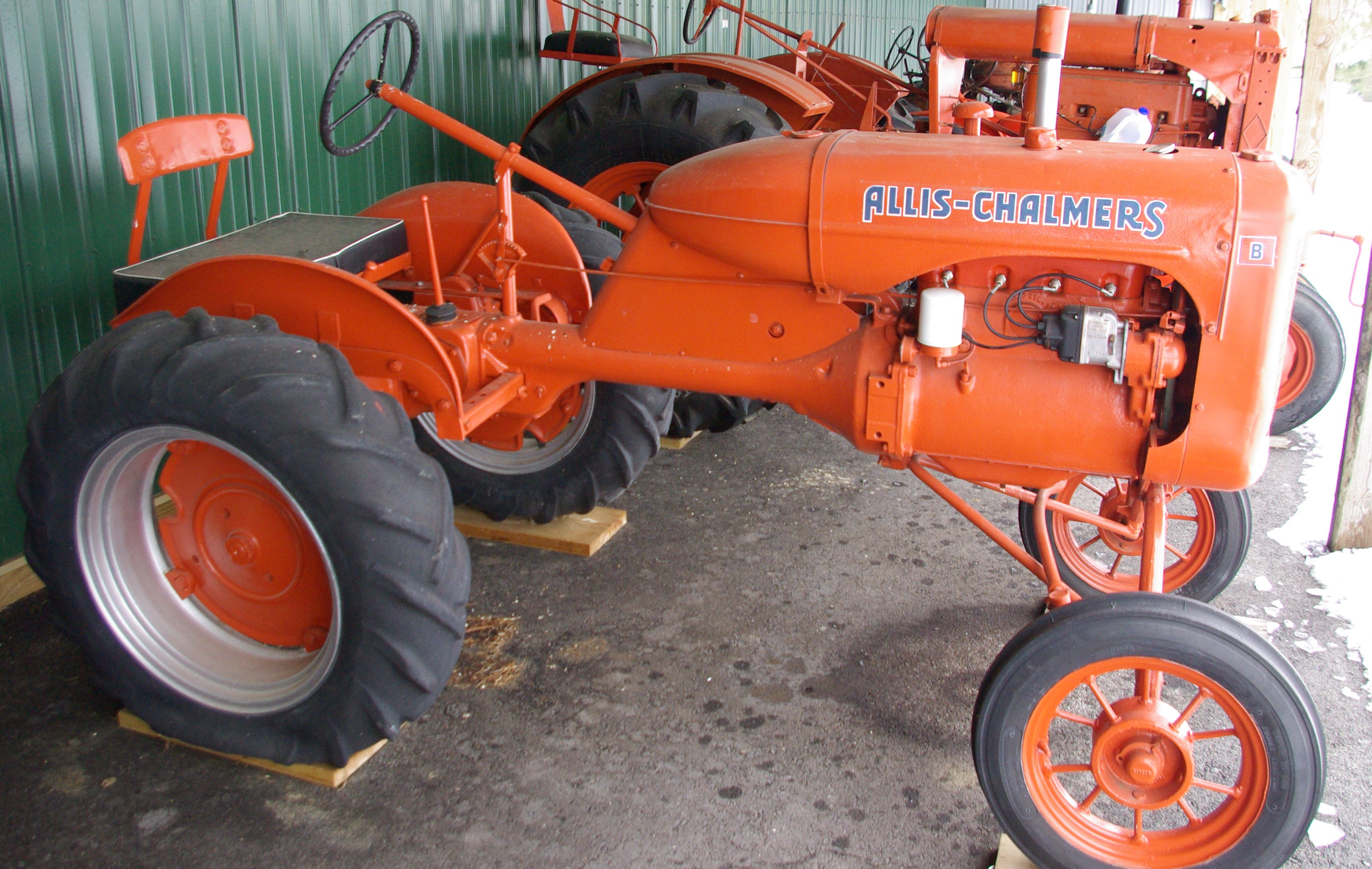 Allis Chalmers B Amazing Photo On Openiso Org Collection Of Cars Allis Chalmers B Download Wallpapers
