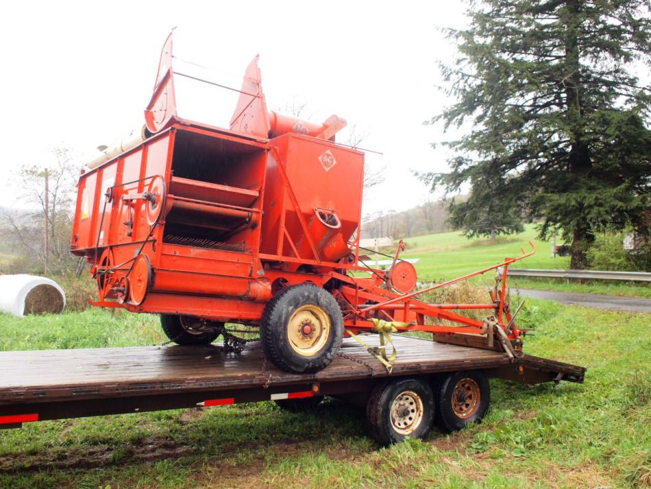 Allis-chalmers harvester photo - 1