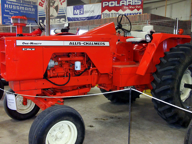 Allis-chalmers one-ninety photo - 1