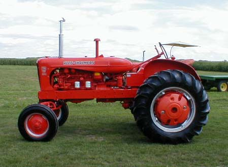 Allis-chalmers tractor photo - 3