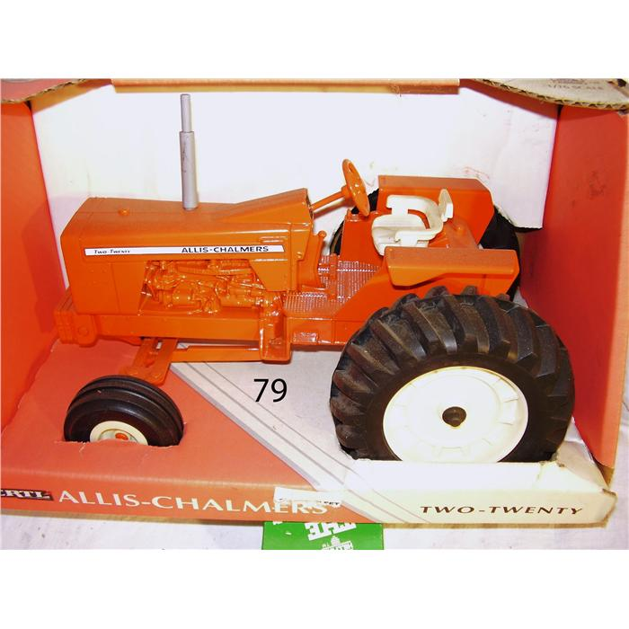 Allis-chalmers two-twenty photo - 1