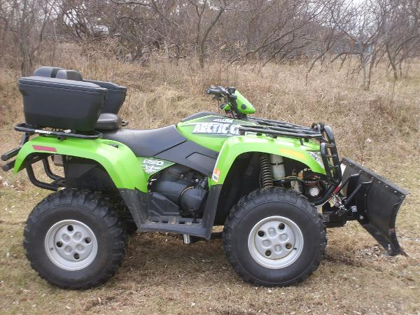 Arctic cat 650 photo - 1