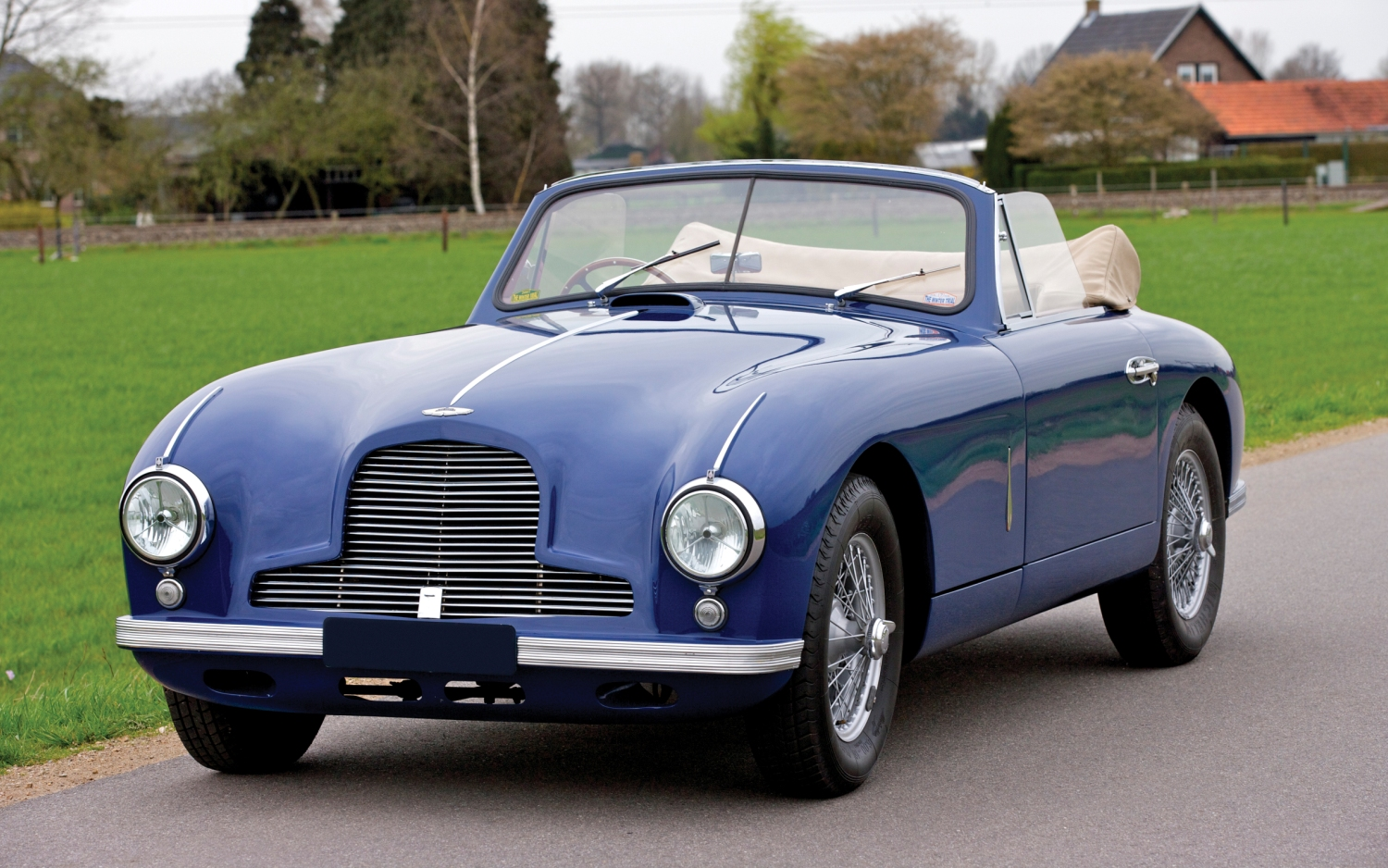 Aston martin db2 photo - 1