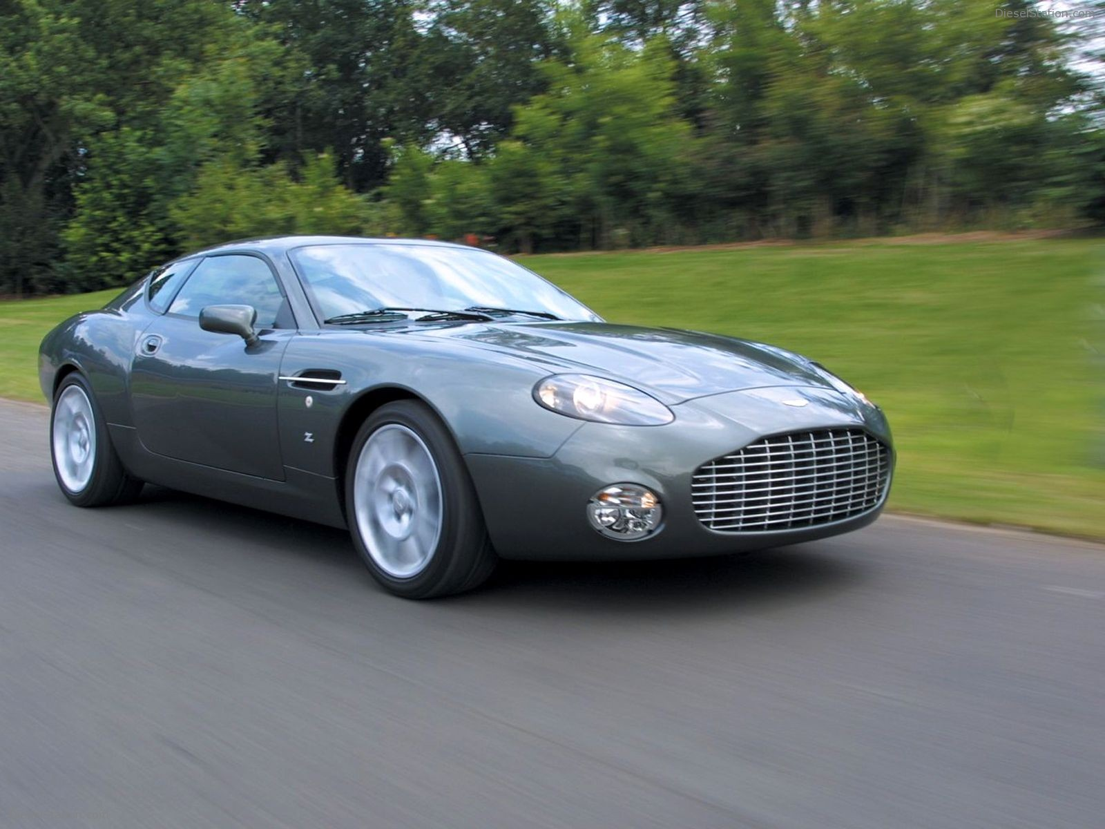 Aston martin db7 photo - 1