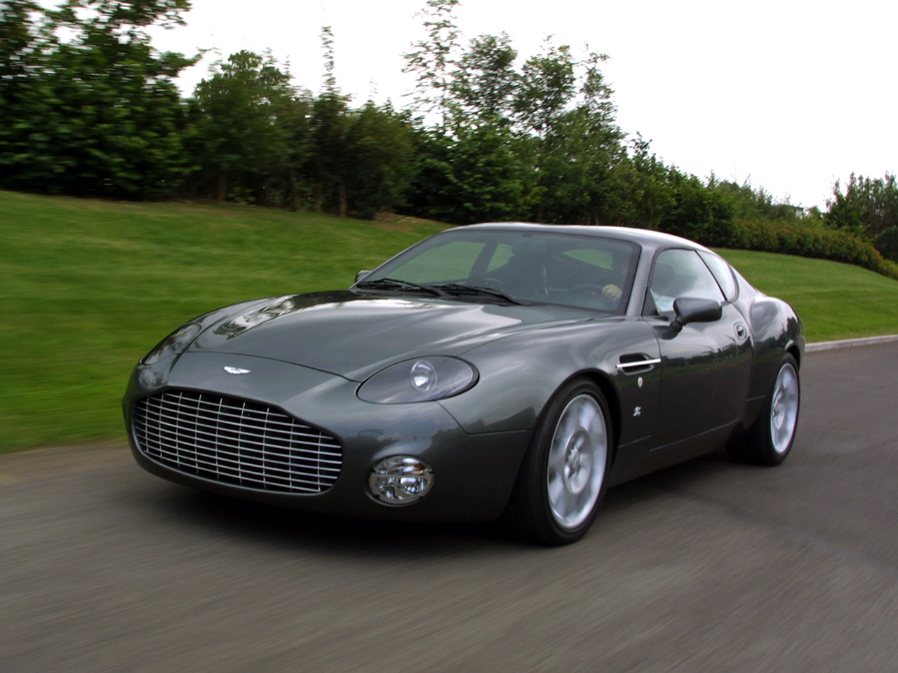 Aston martin db7 photo - 3