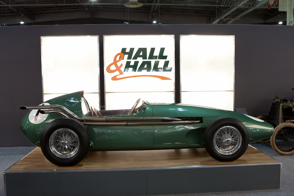 Aston martin dbr4 photo - 2