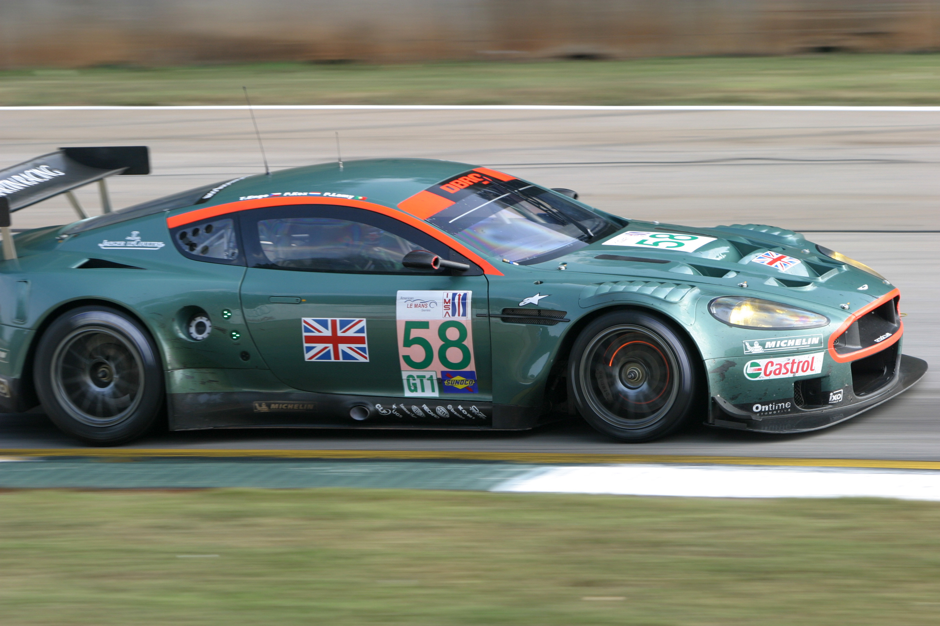Aston martin dbr9 photo - 2