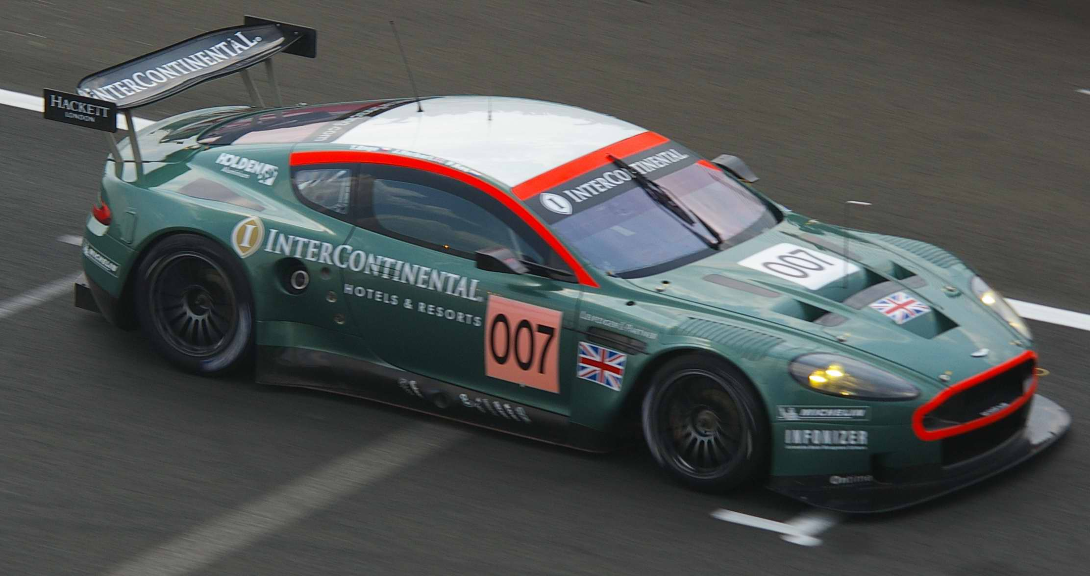 Aston martin dbr9 photo - 4