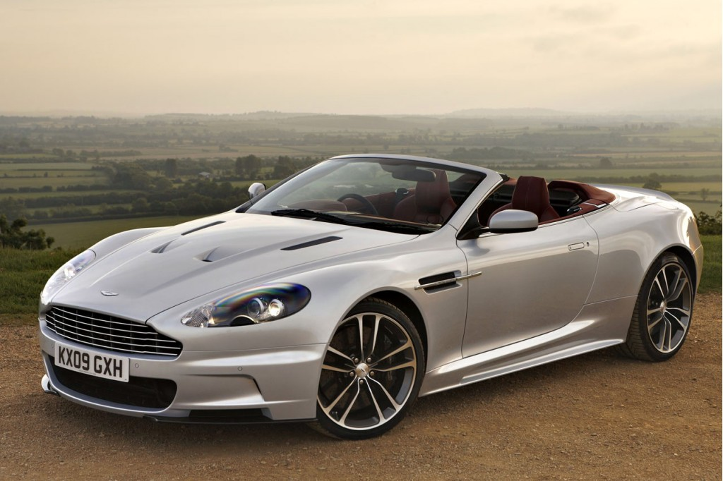 Aston martin dbs photo - 2