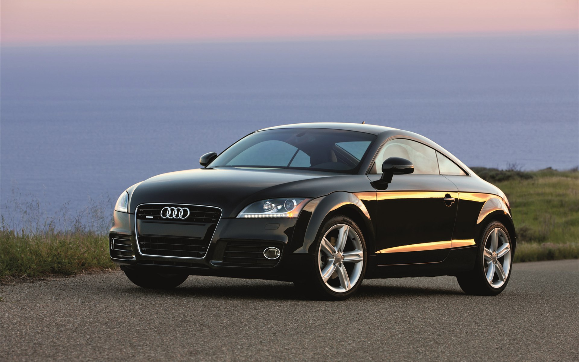 Audi coupe photo - 3