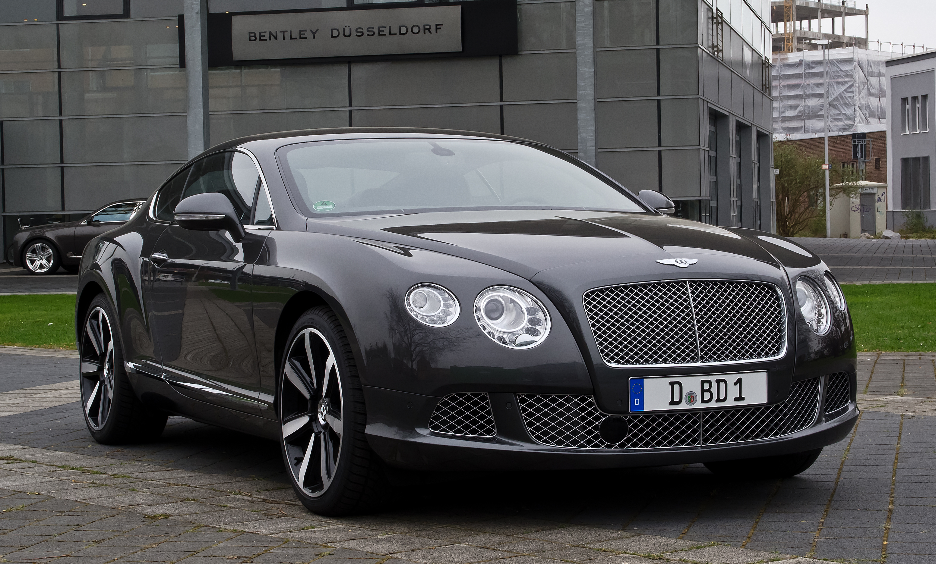 Bentley 8 photo - 2