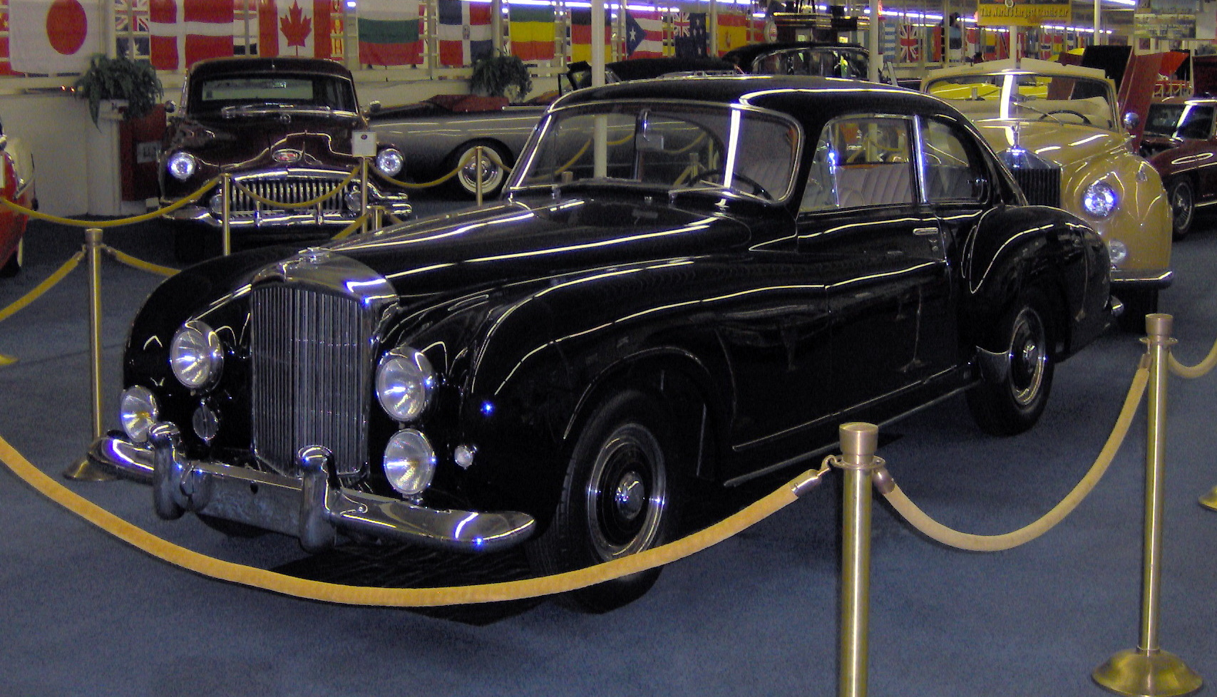 Bentley r-type photo - 1
