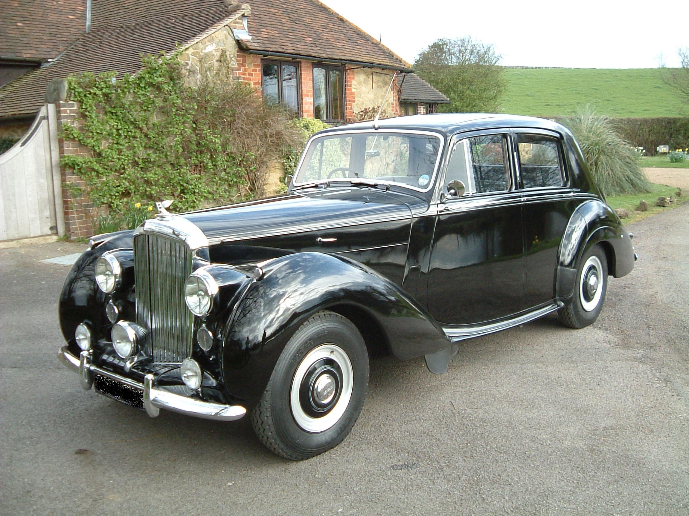 Bentley r-type photo - 3