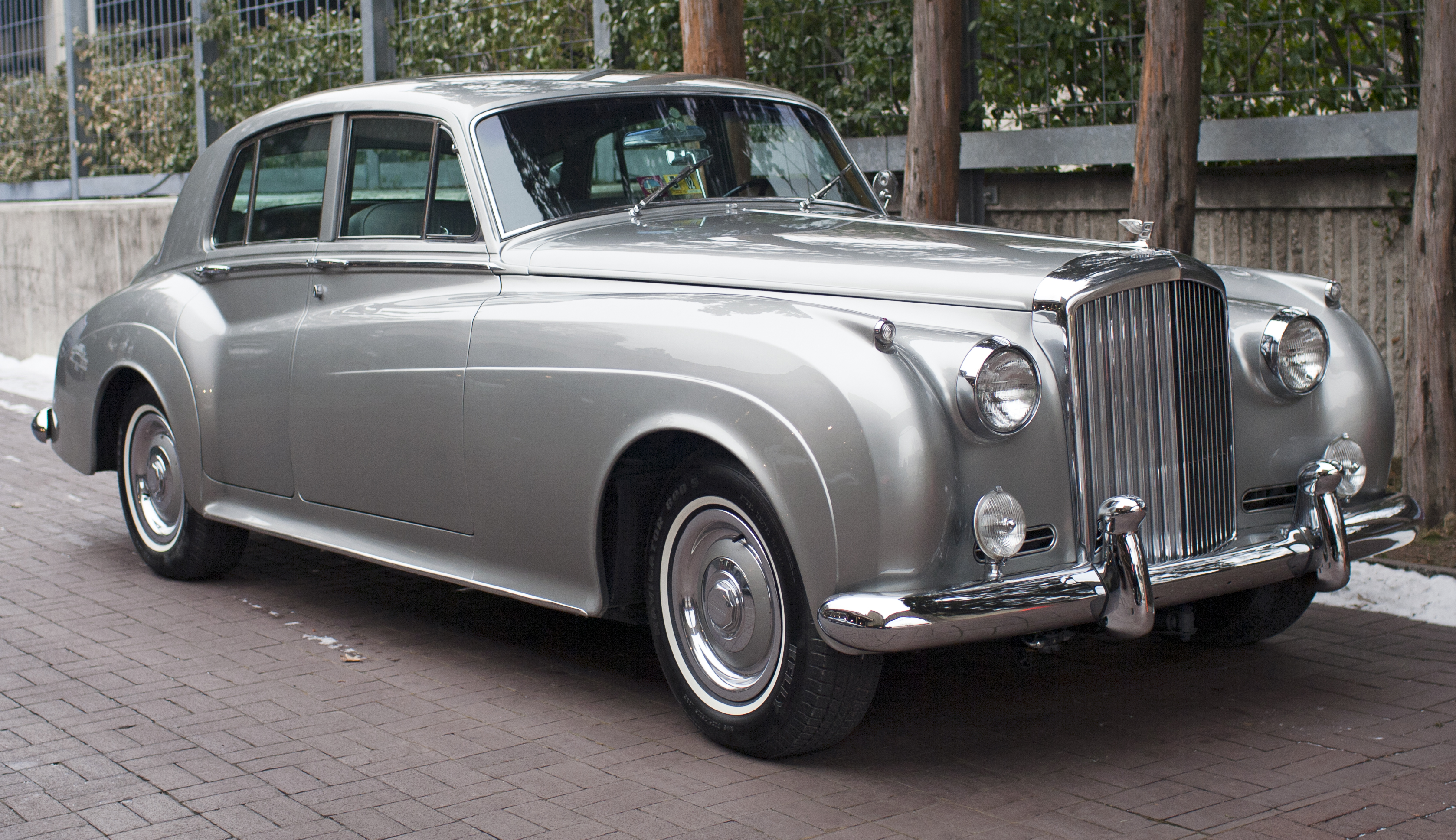 Bentley s2 photo - 2