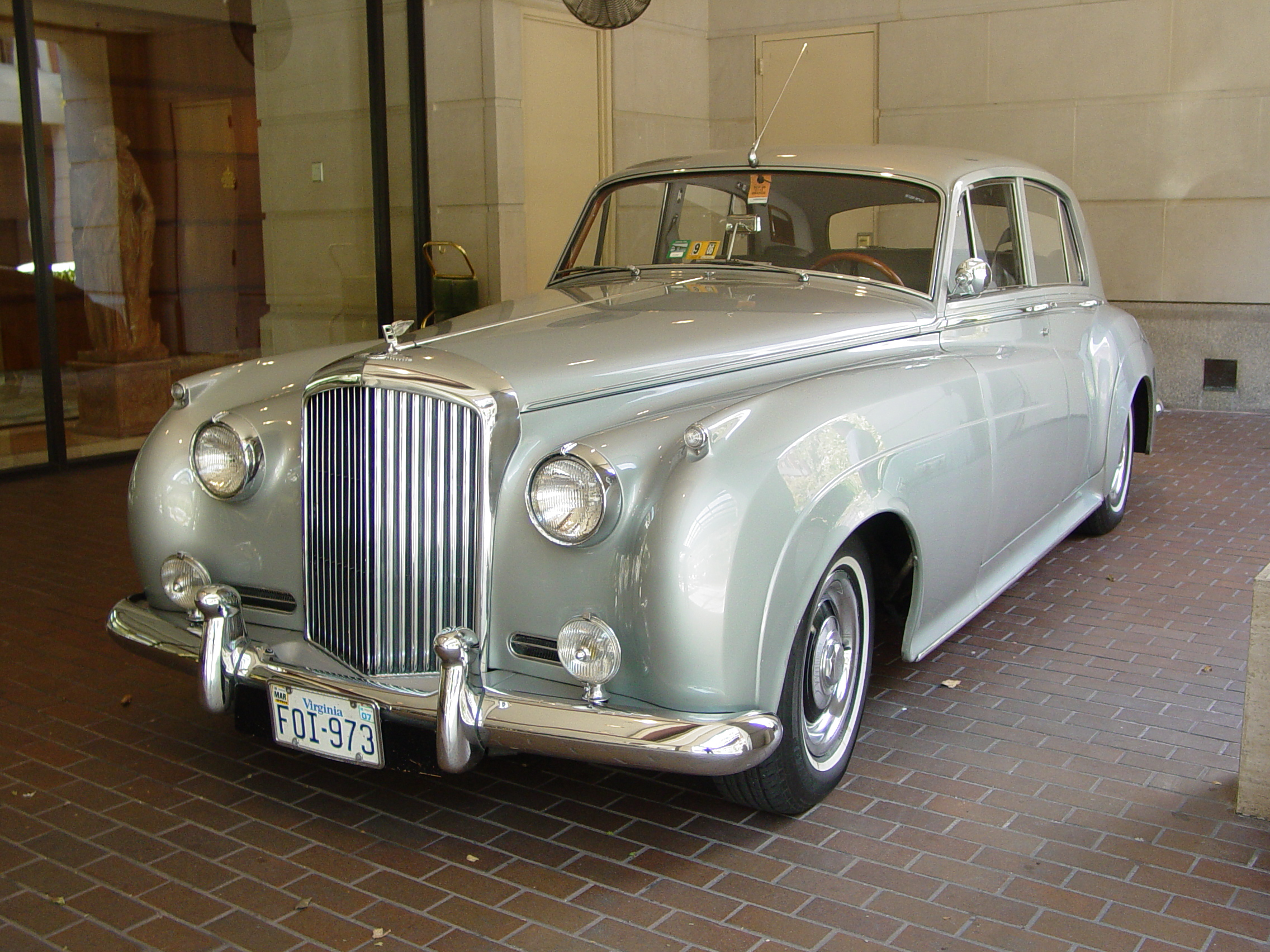 Bentley s2 photo - 4