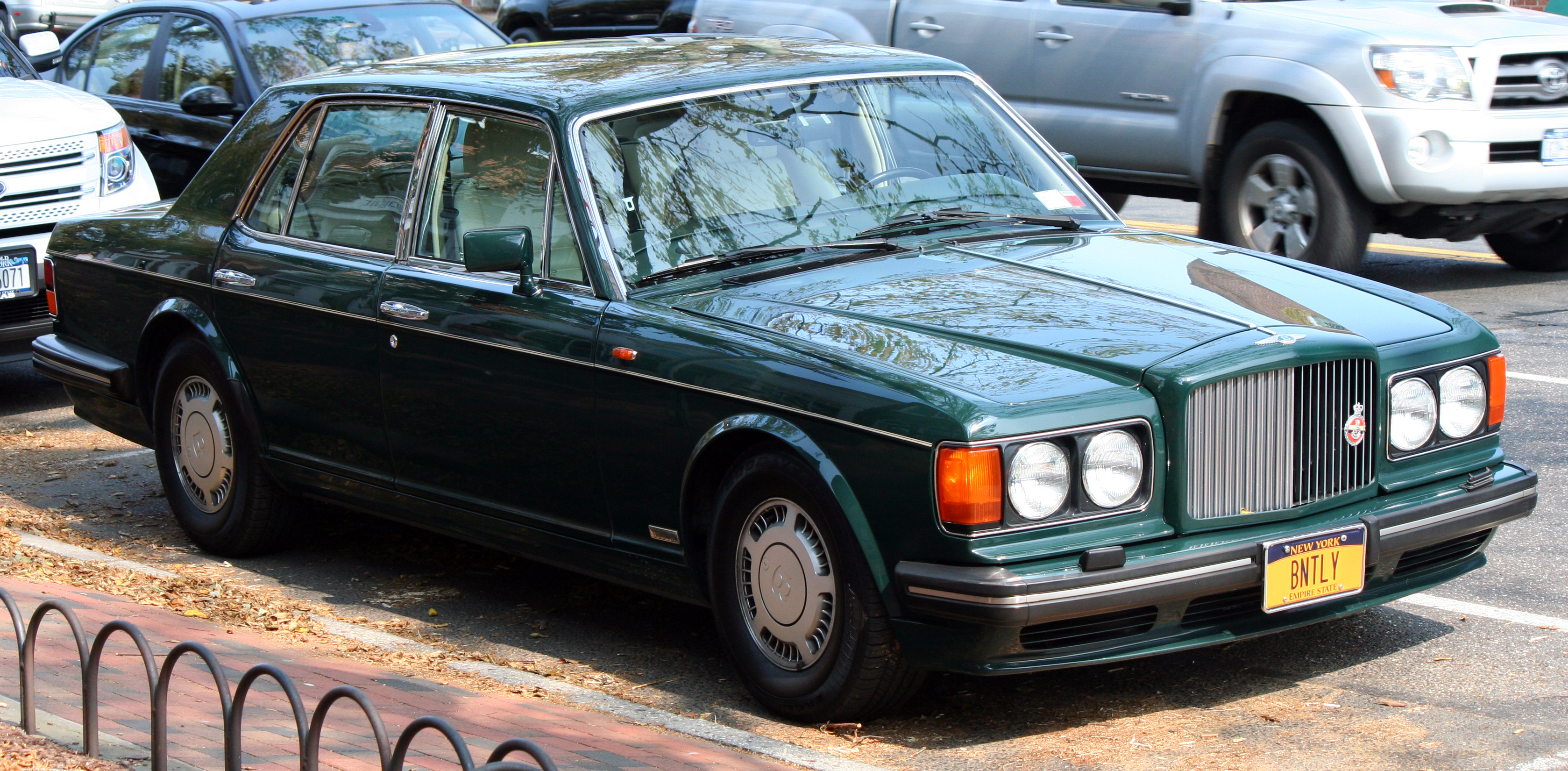 Bentley turbo photo - 4