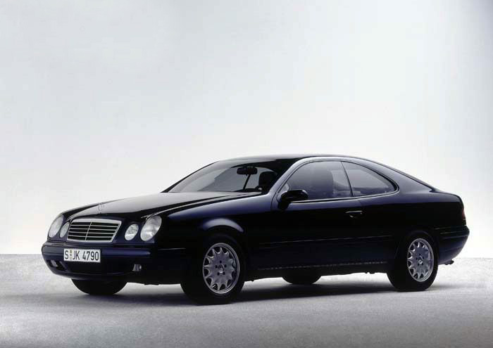 Benz coupe photo - 3