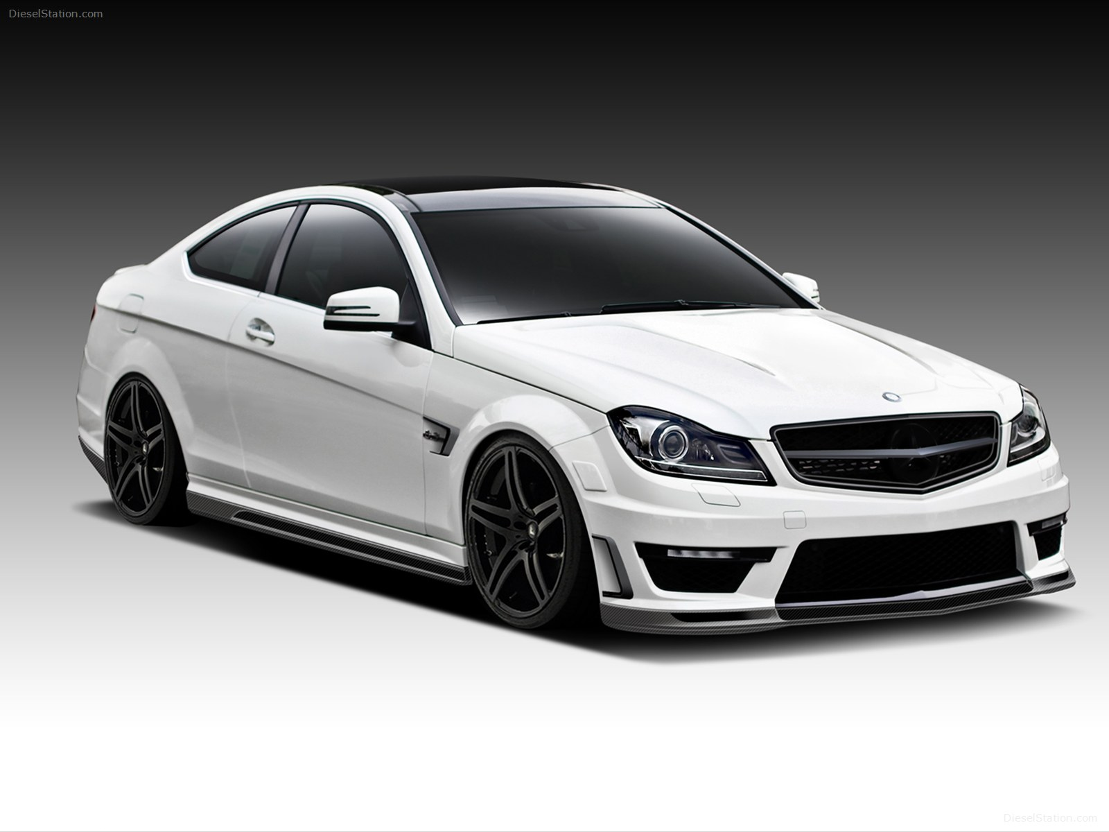 Benz coupe photo - 4
