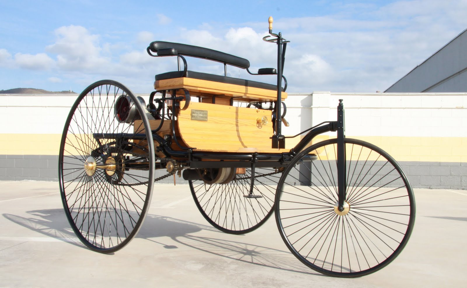 Benz patent-motorwagen photo - 4