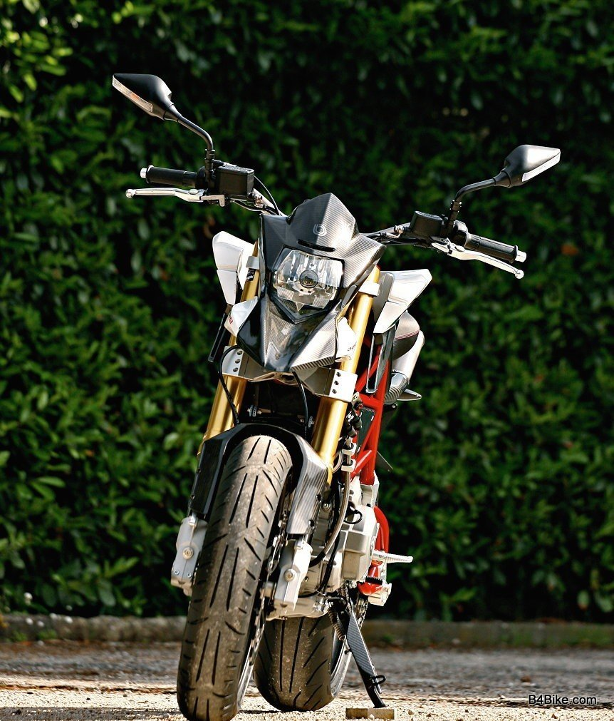 Bimota db10 photo - 4