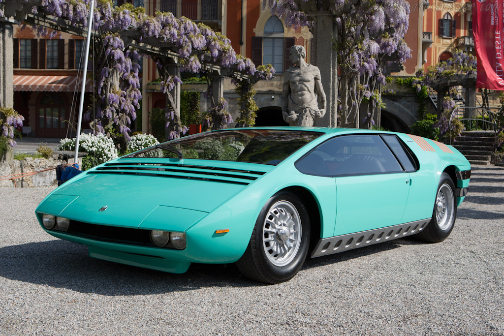 Bizzarrini manta photo - 1