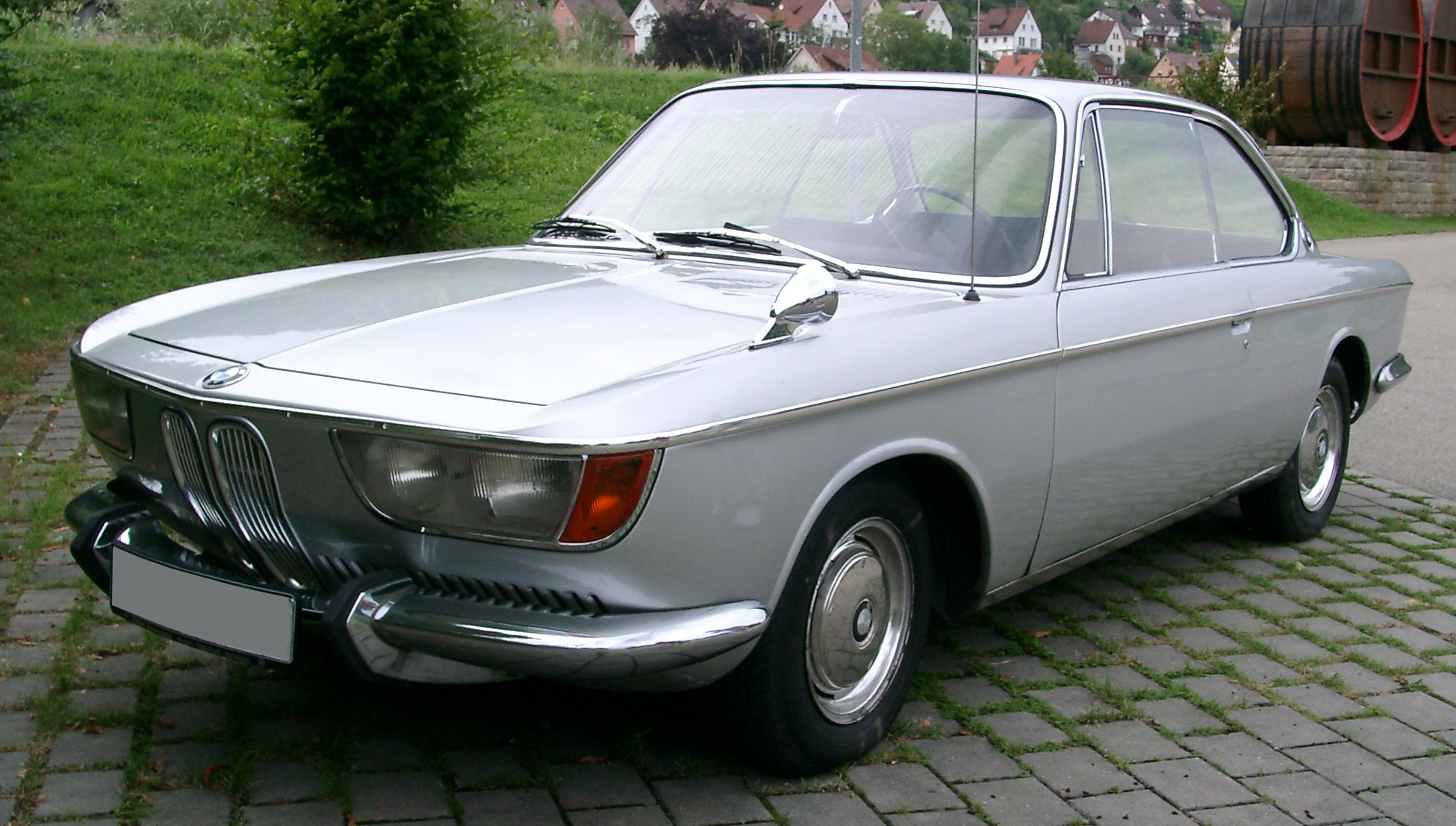 Bmw 2000cs photo - 3