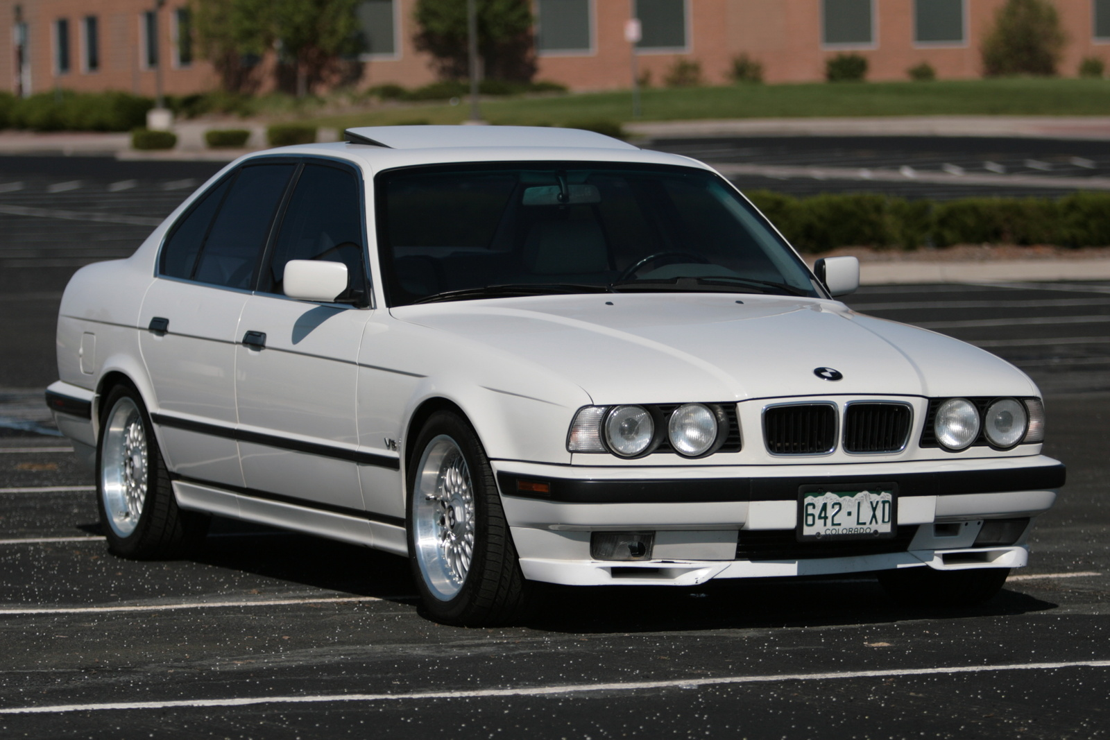 Bmw 540il photo - 2
