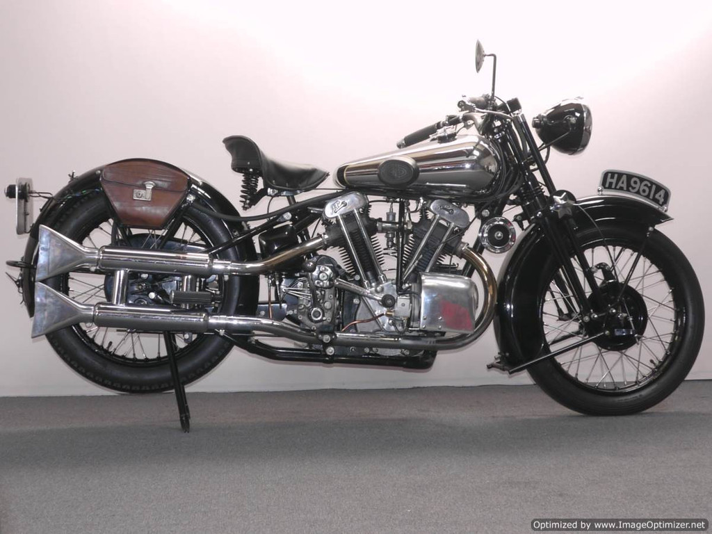 Brough superior 680 photo - 4